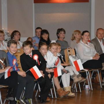 Dzieci podczas obchodów święta