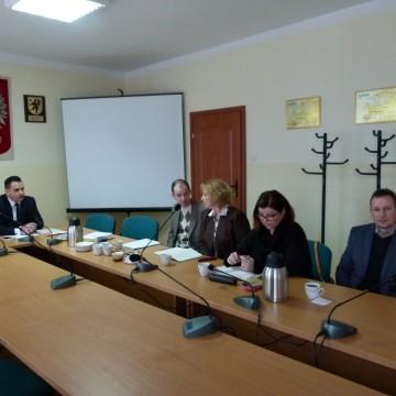 Spotkanie w Urzędzie Gminy Potęgowo ws zmian w systemie oświaty